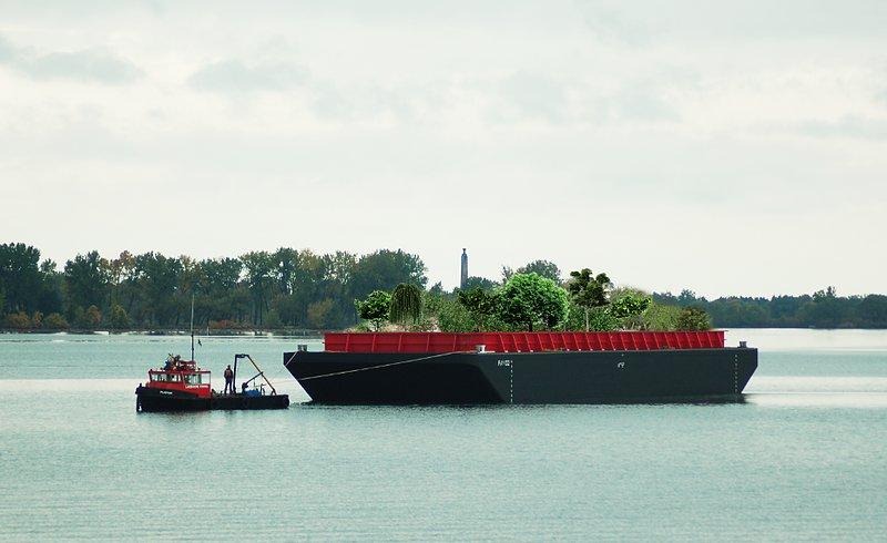 Swale_boat_floatingfarm